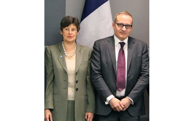 Ms. Angela Kane et Amb. Jean-Hugues Simon-Michel